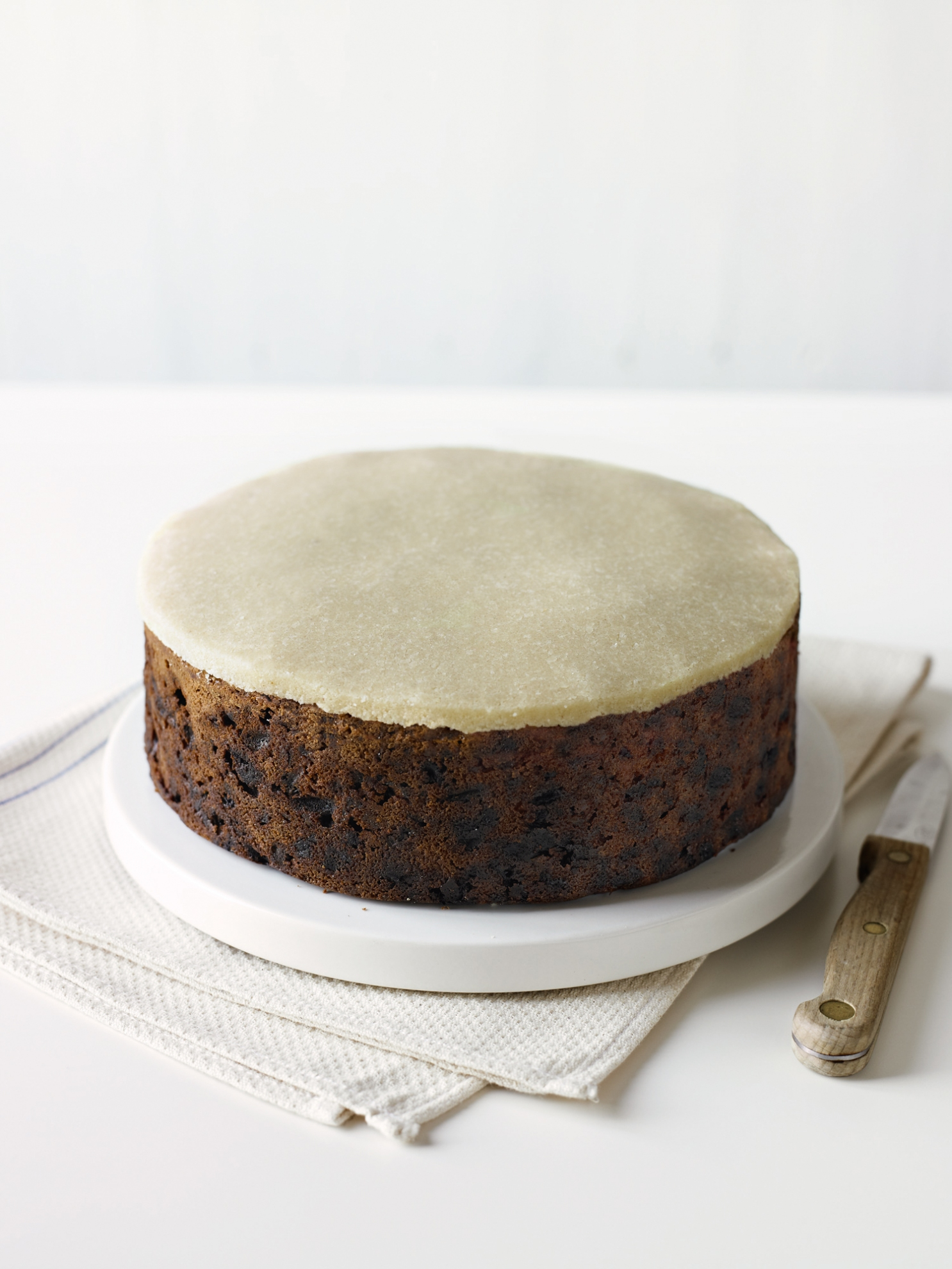 Almond Icing (Marzipan) | Recipes | Delia Online