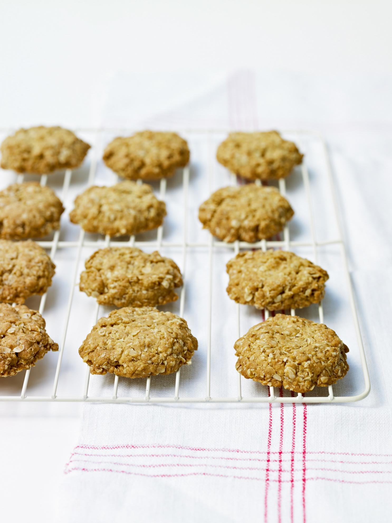 Crystallised Ginger Oat Biscuits Recipes Delia Online