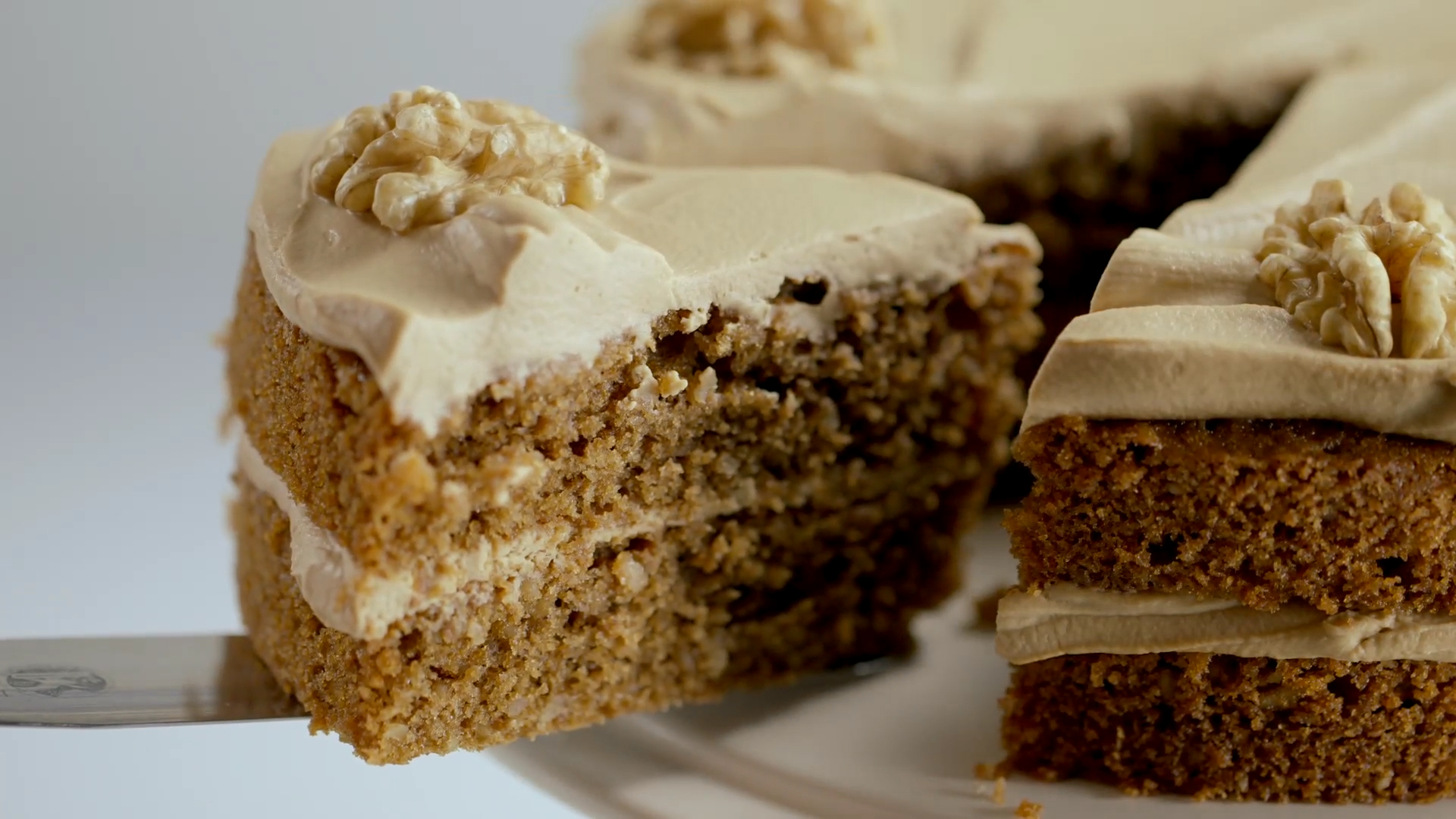 Coffee Walnut Fudge Cake Recipe