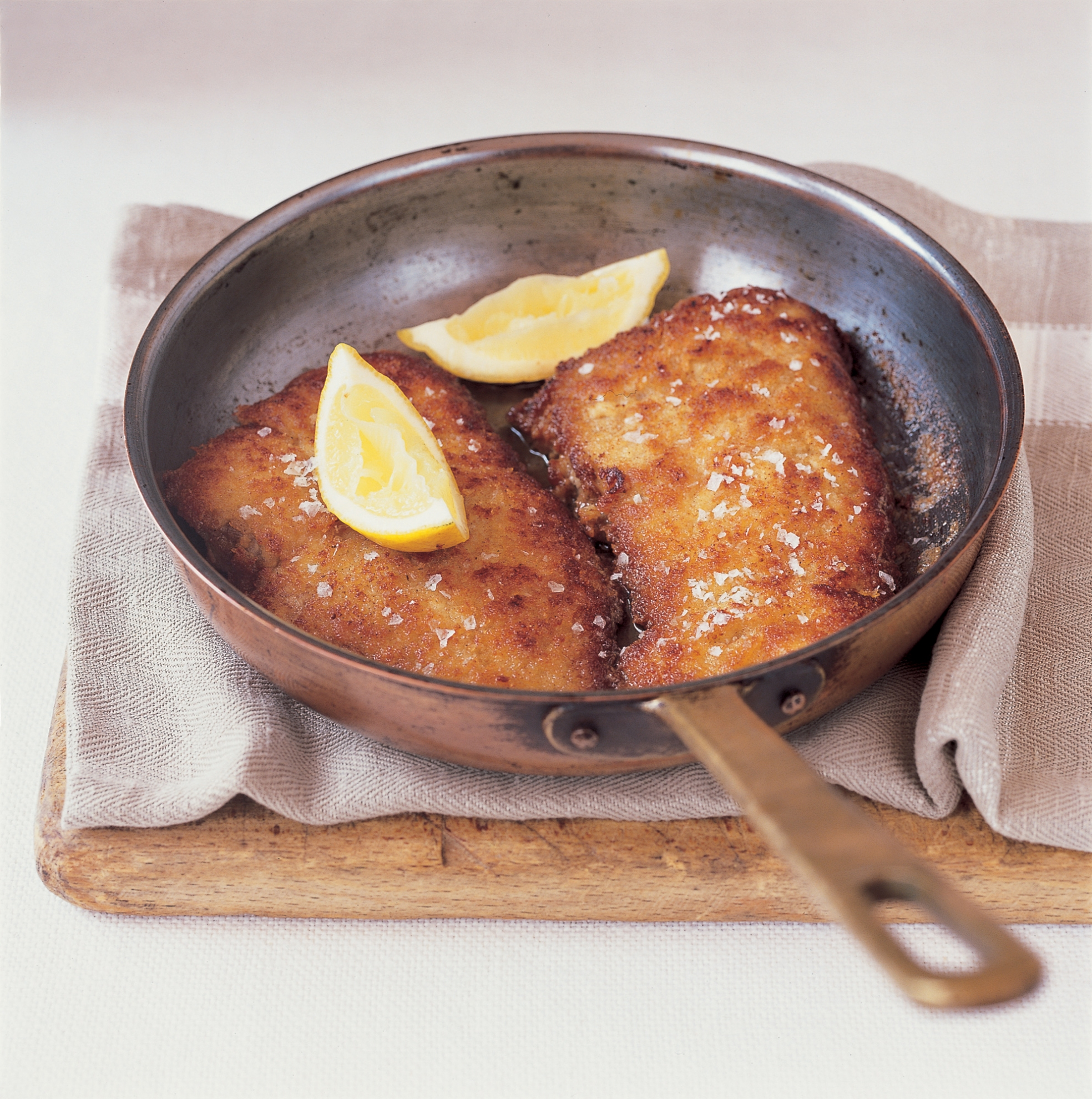 veal escalope in breadcrumbs