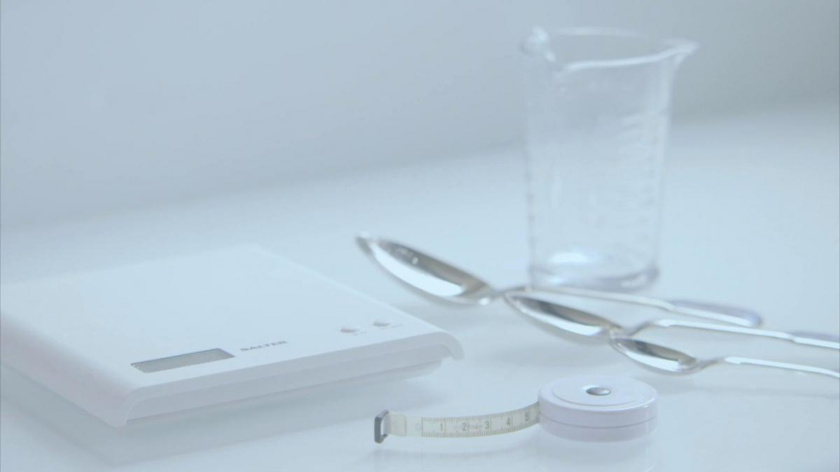 A picture of Delia's Weighing and Measuring cookery school video