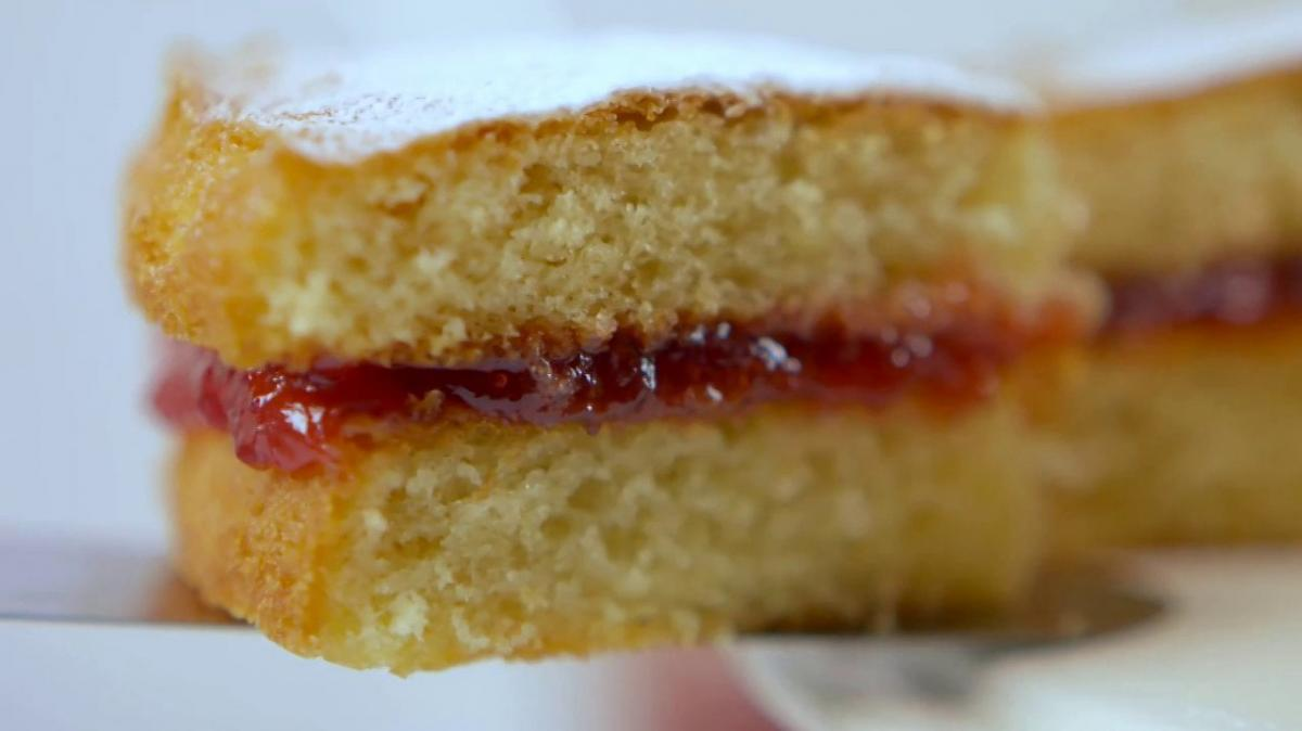A picture of Delia's First Term - Lesson 1 - Classic Sponge Cake cookery school video