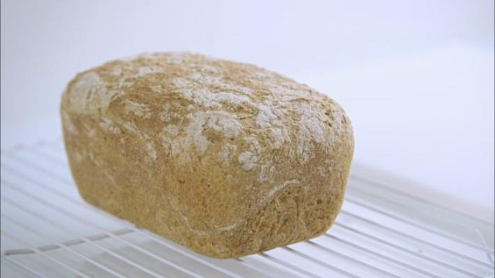 A picture of Delia's Fourth Term - Lesson 1 - Wholemeal Breads cookery school video