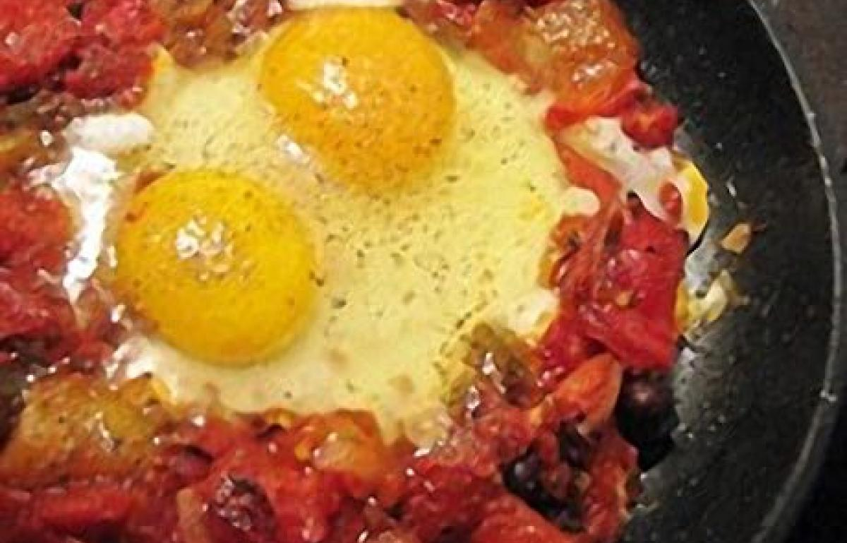 A picture of Delia's Chilli Eggs with Grilled Peppers recipe
