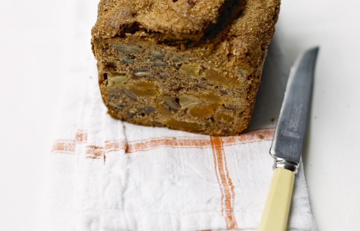Cakes apricot apple and pecan loaf
