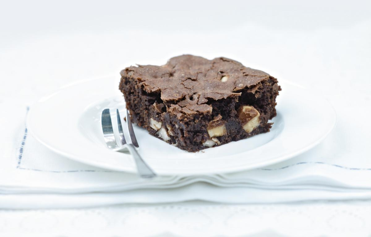 Cakes brazil nut brownies