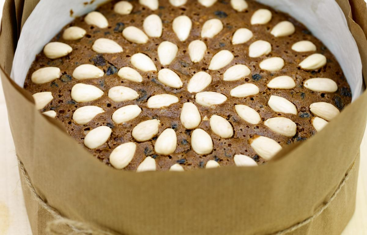 Nutty christmas cake recipe