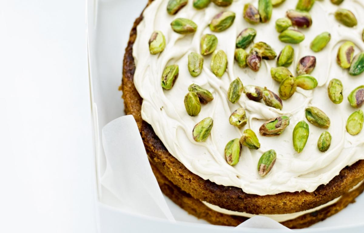 Cakes coffee and cardamom cake with pistachios
