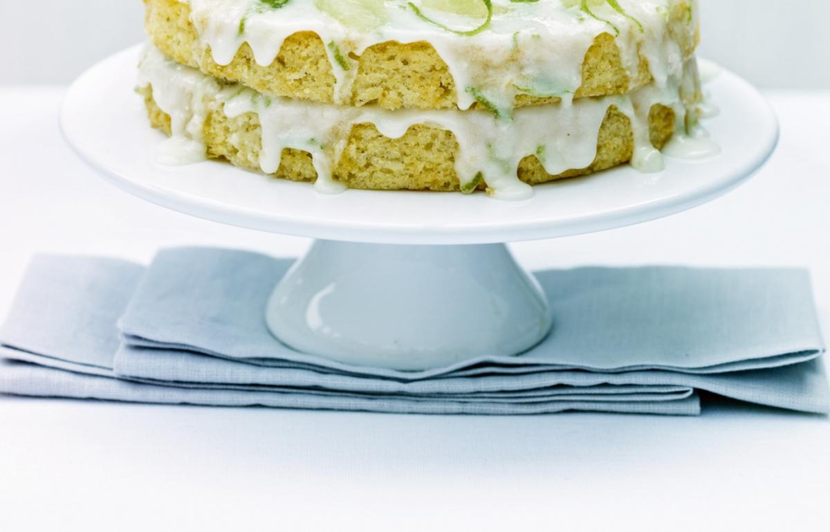 Cakes fresh lime and coconut cake