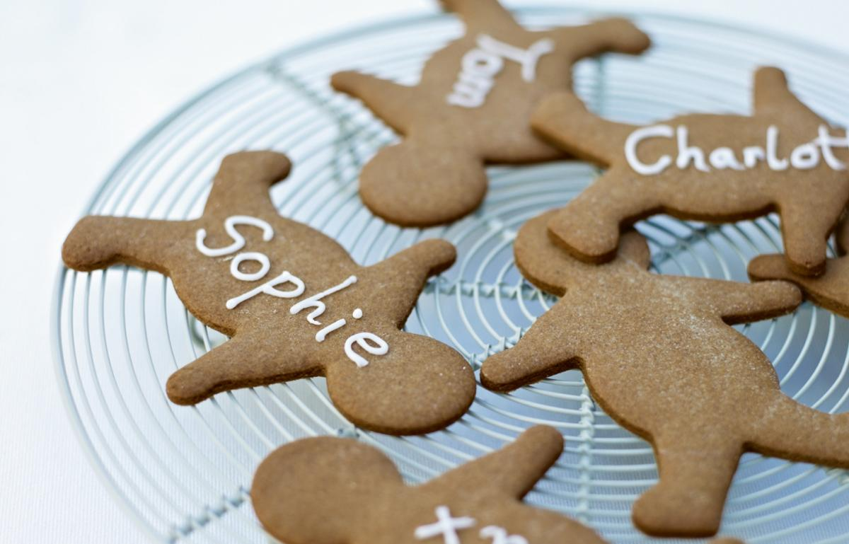 A picture of Cake of the Week: Gingerbread Men