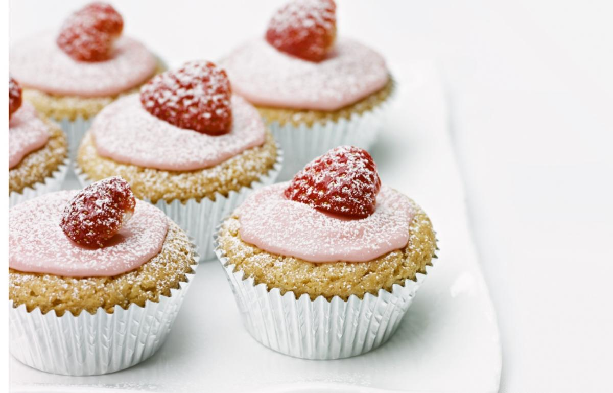 Cakes iced hidden strawberry cup cakes