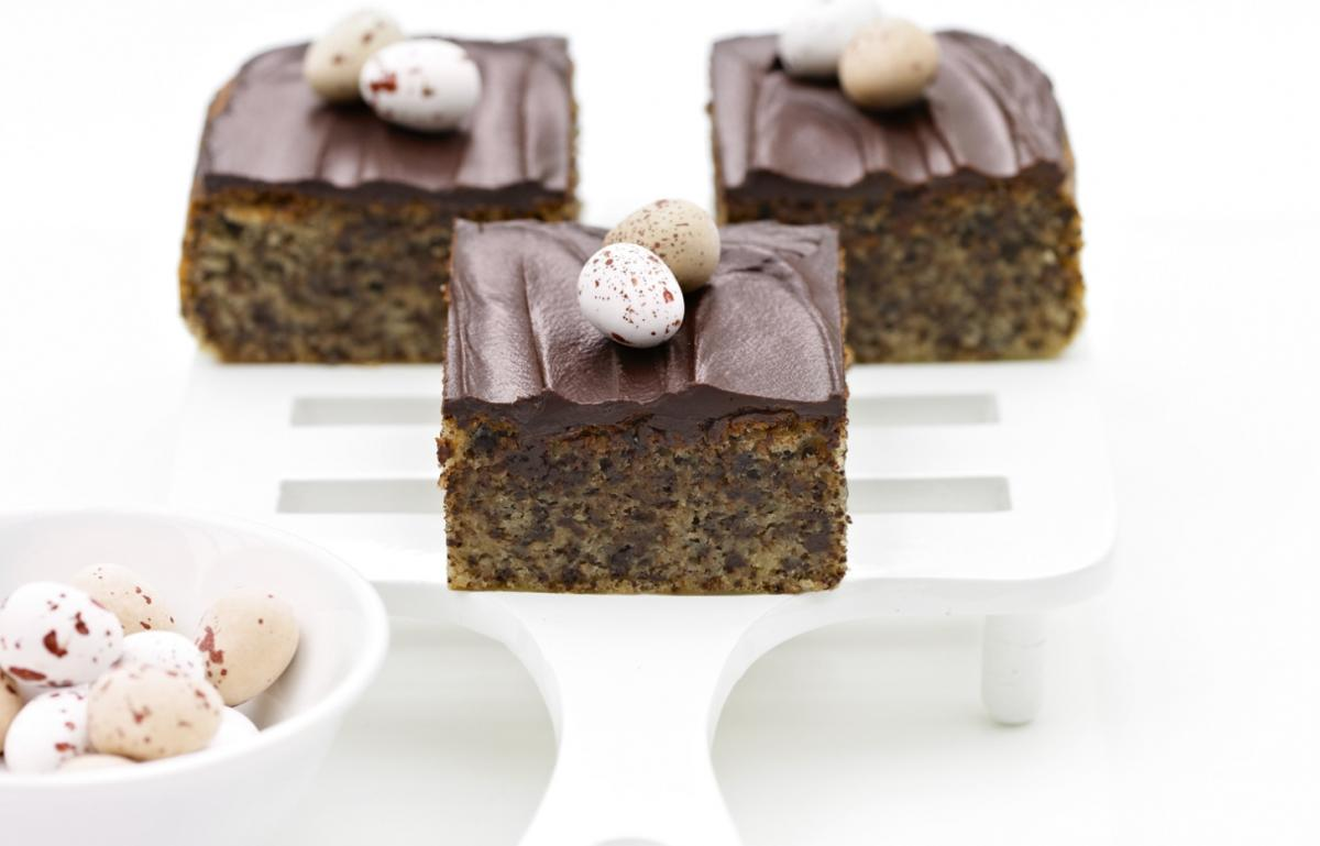 A picture of Delia's Moist Chocolate and Rum Squares recipe