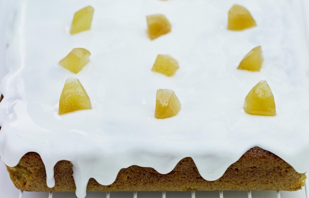 Cakes preserved ginger cake