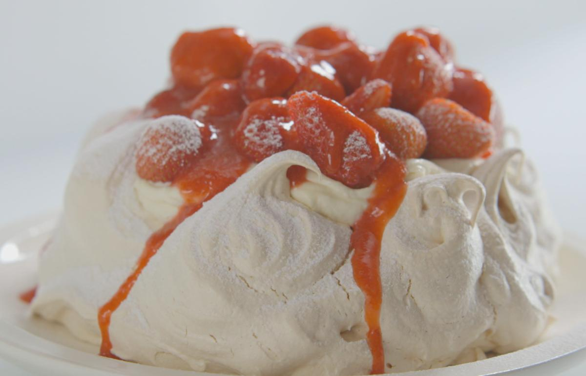 Cs strawberry and vanilla pavlova