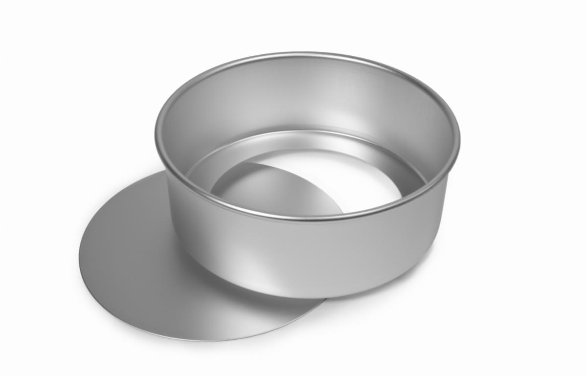 Equipment 20cm cake tin