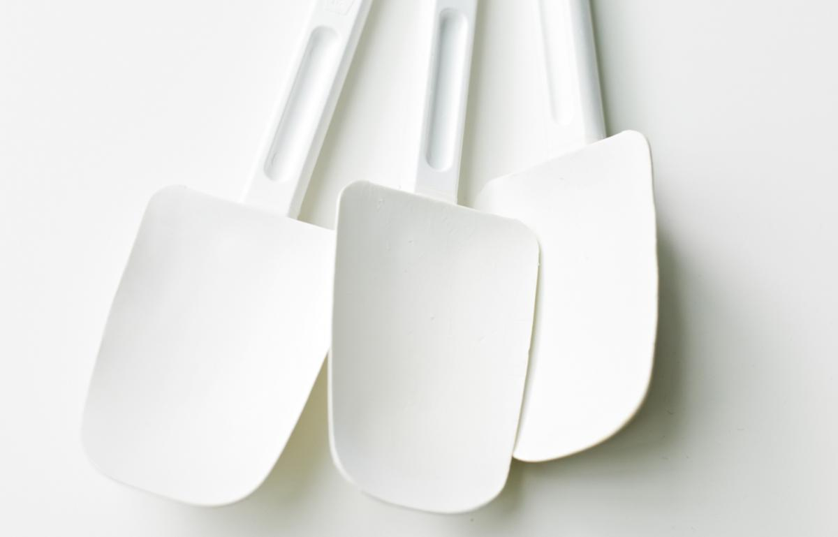Equipment spatula