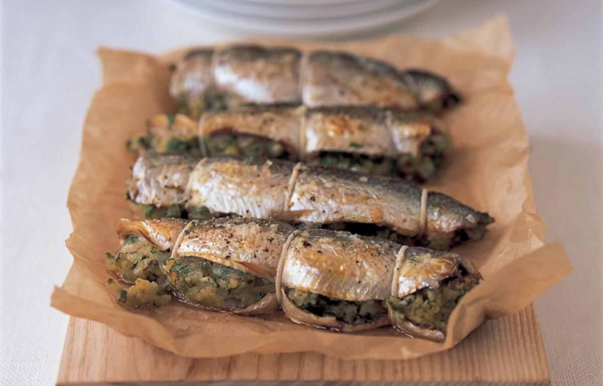 Fish herrings with caper stuffing
