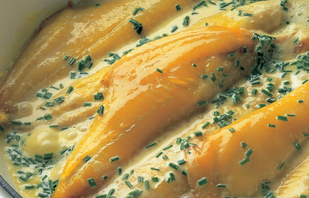 Smoked Haddock With Creme Fraiche Chive And Butter Sauce