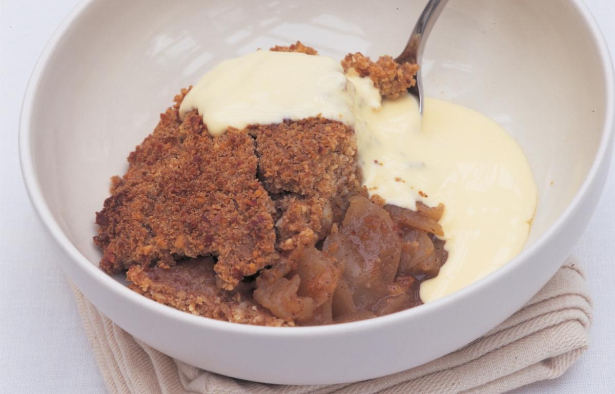 A picture of Delia's Apple and Almond Crumble recipe