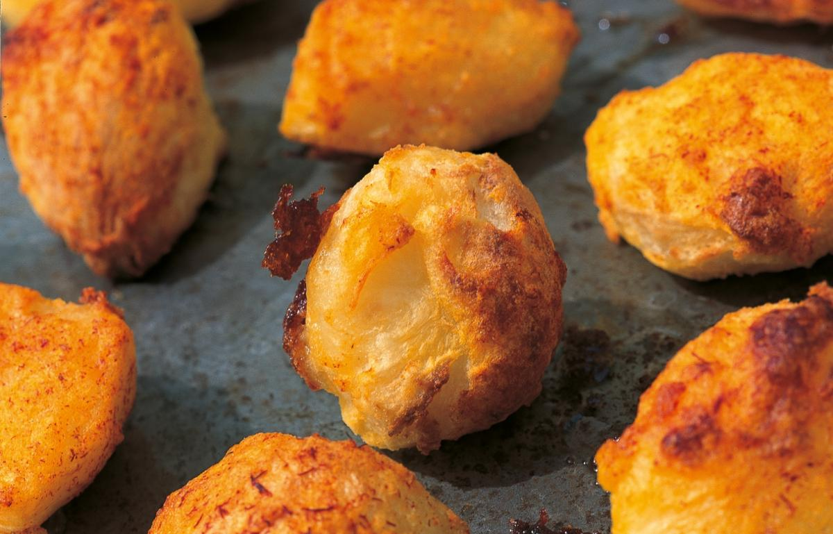 Htc crunchy roast potatoes with saffron