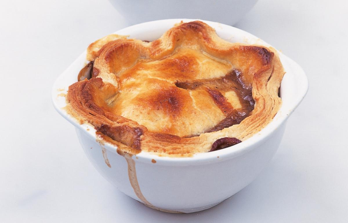 A picture of Delia's Individual Steak, Mushroom and Kidney Pies recipe