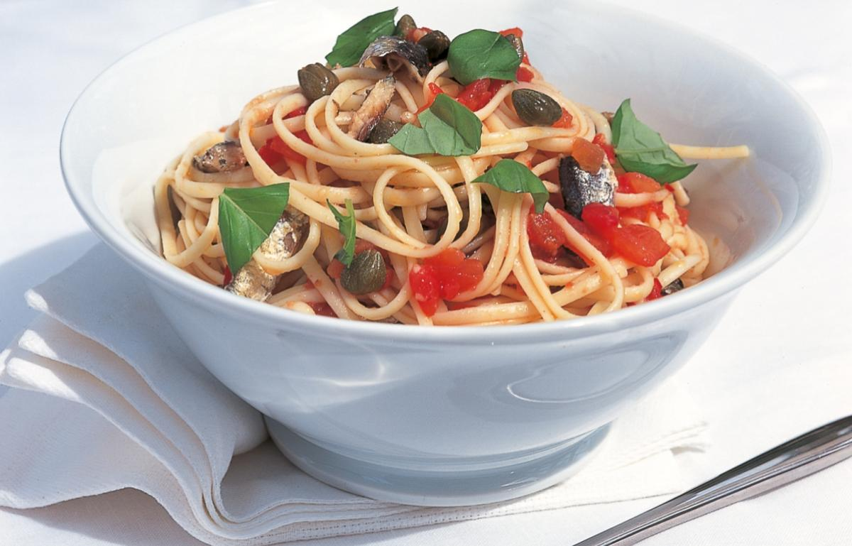 A picture of Delia's Linguine with Sardines, Chilli and Capers recipe