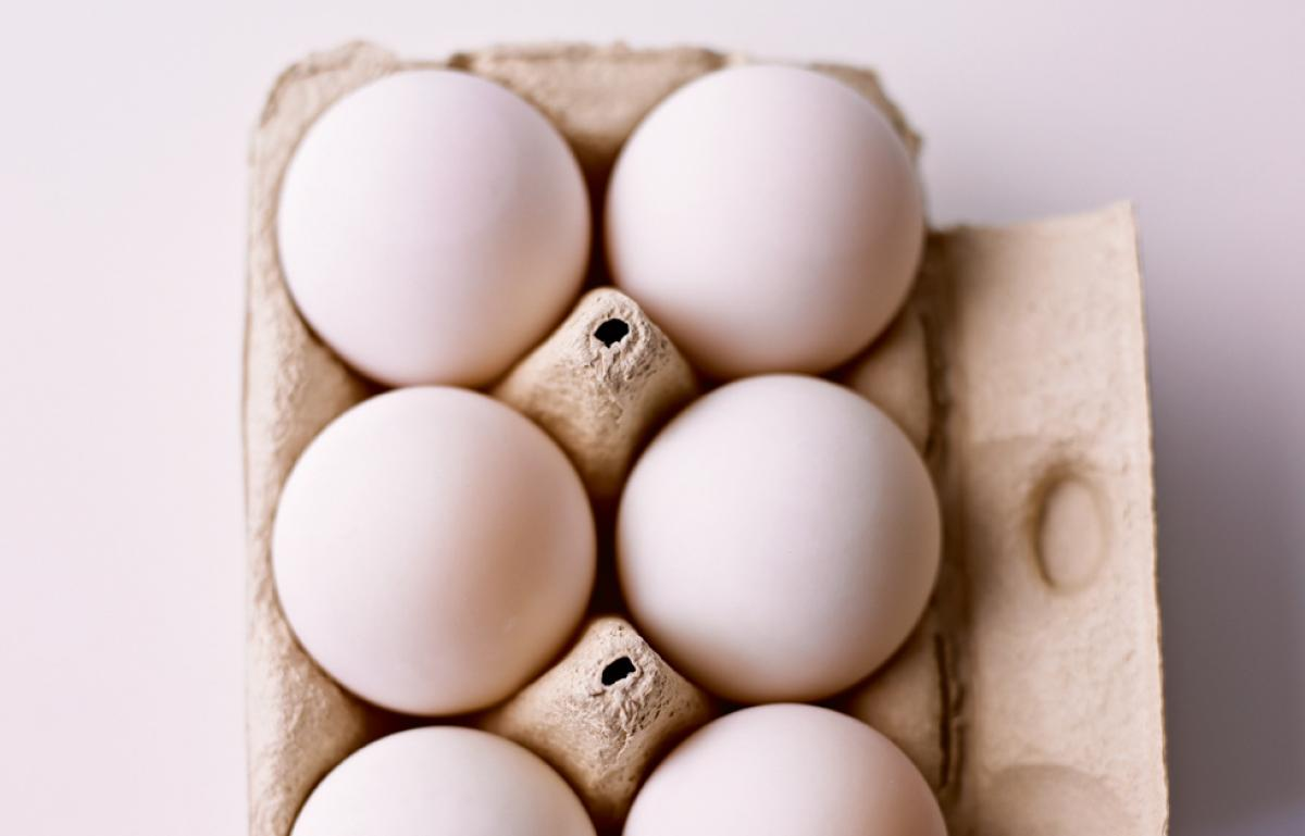 Ingredient cakes eggs