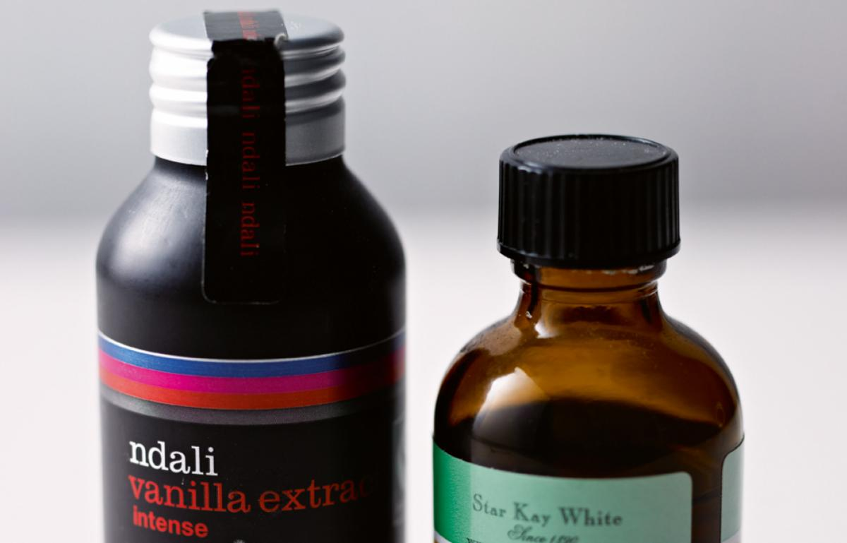 Ingredient cakes vanilla extract
