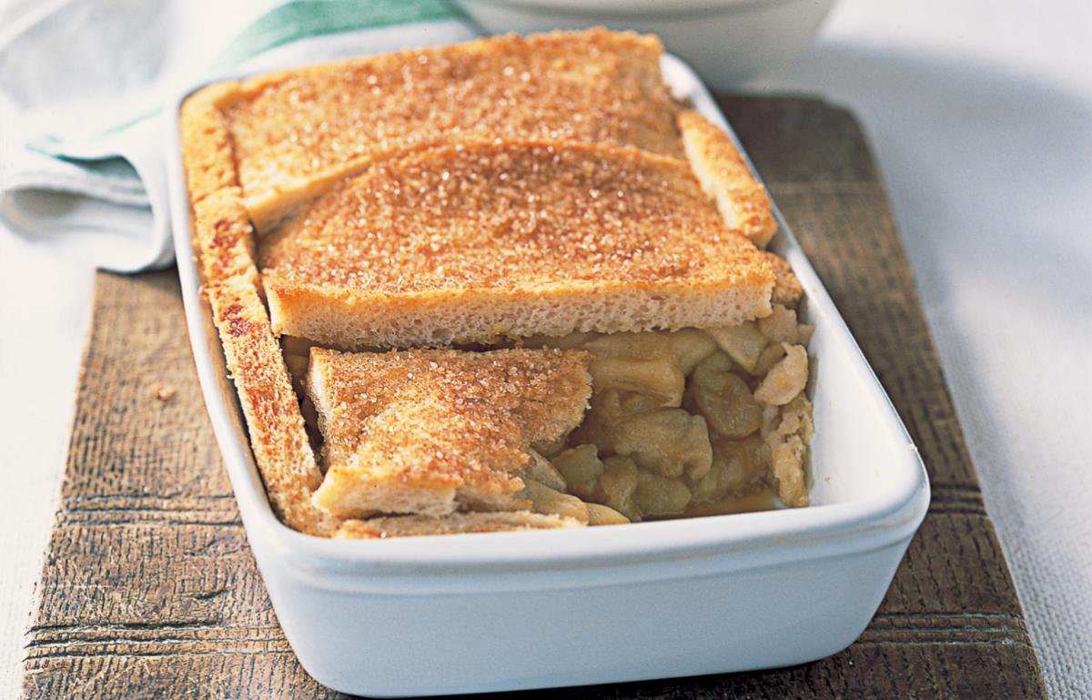A picture of Delia's Apple and Orange Crunch recipe