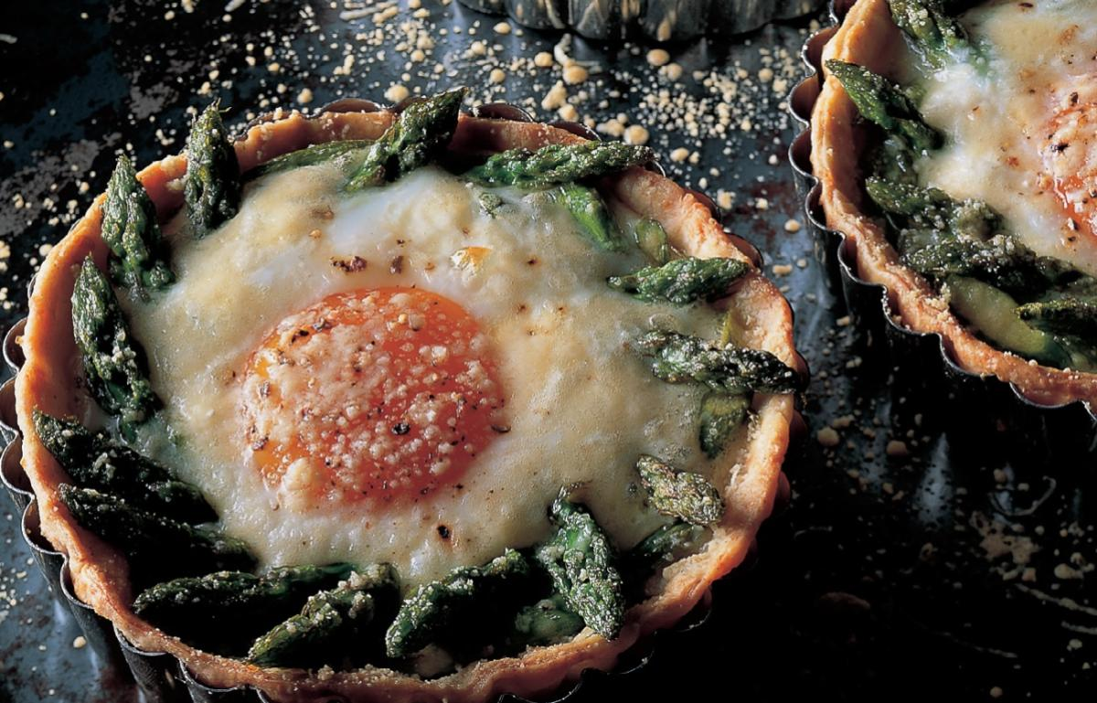 Vegetarian asparagus cheese and egg tartlets
