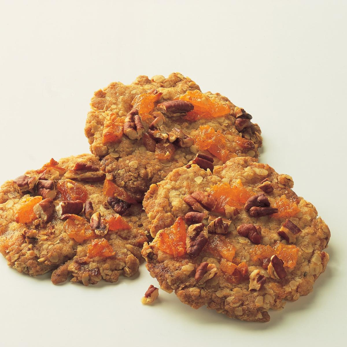 Baking apricot and nut crunchies