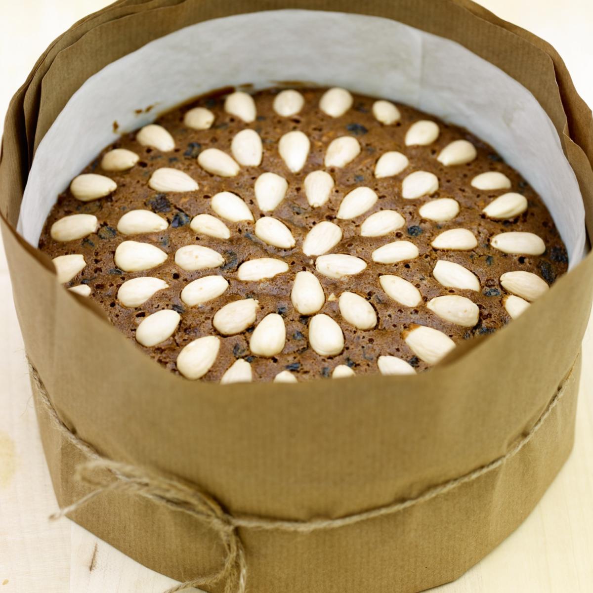 Traditional american christmas cake recipe