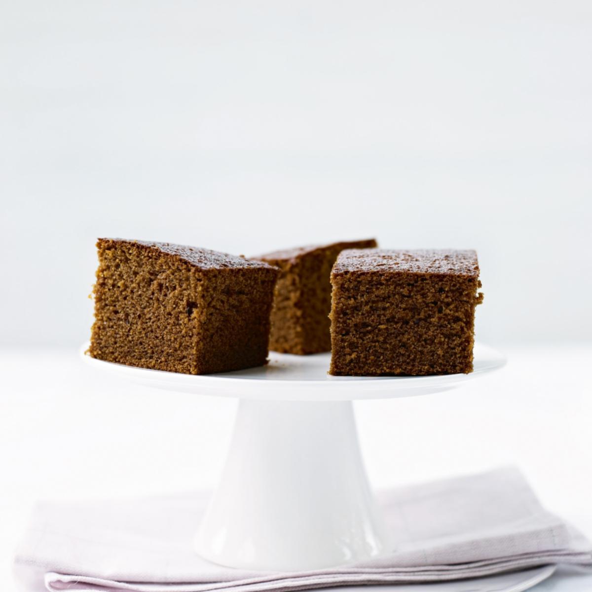 Cakes damp gingerbread