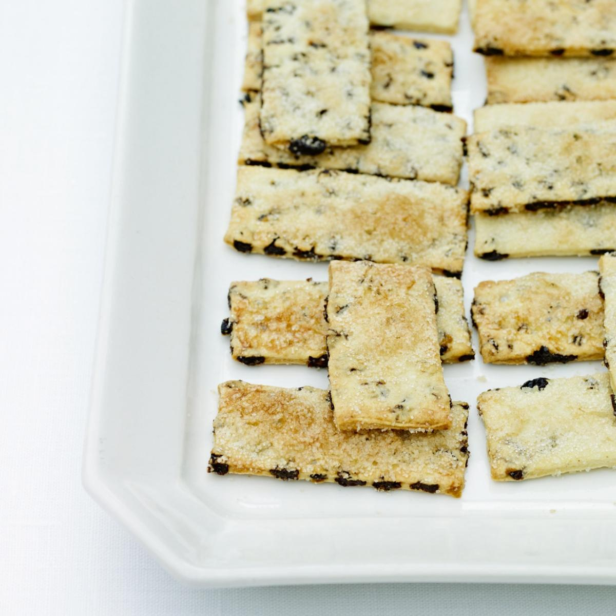 Cakes garibaldi biscuits
