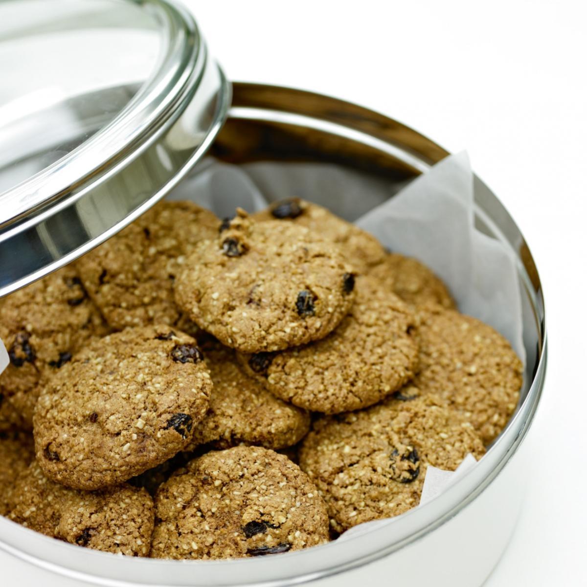 A picture of Delia's Oat and Raisin Cookies recipe