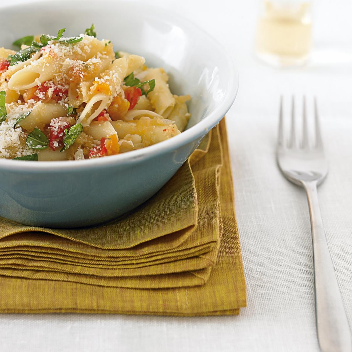 A picture of Delia's Very Garlicky Chilli Pasta recipe