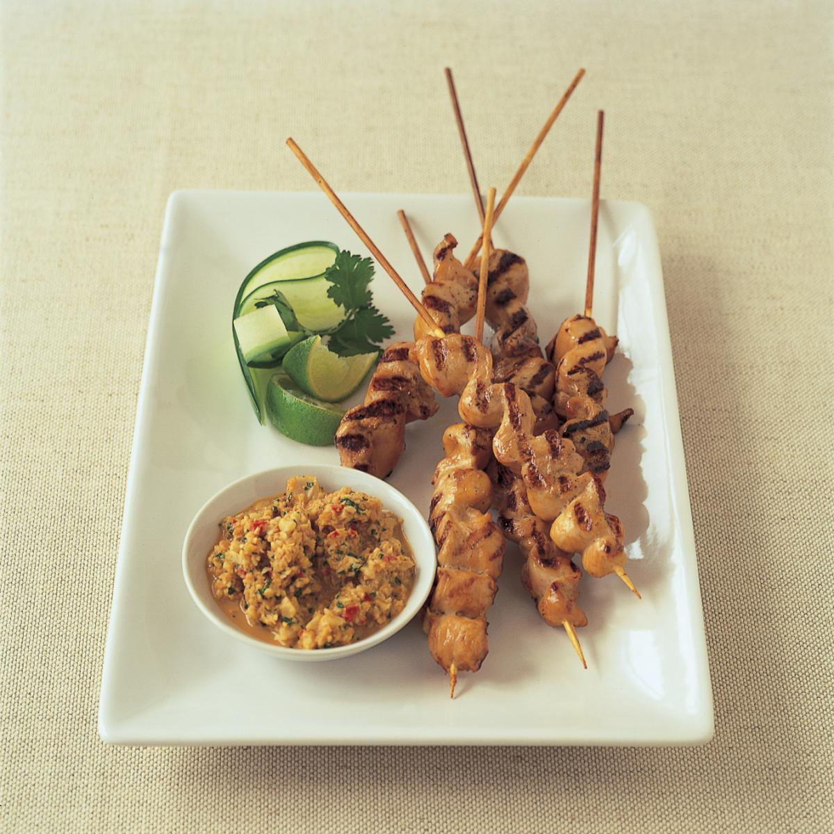 Chicken marinated chicken satays with peanut satay sauce