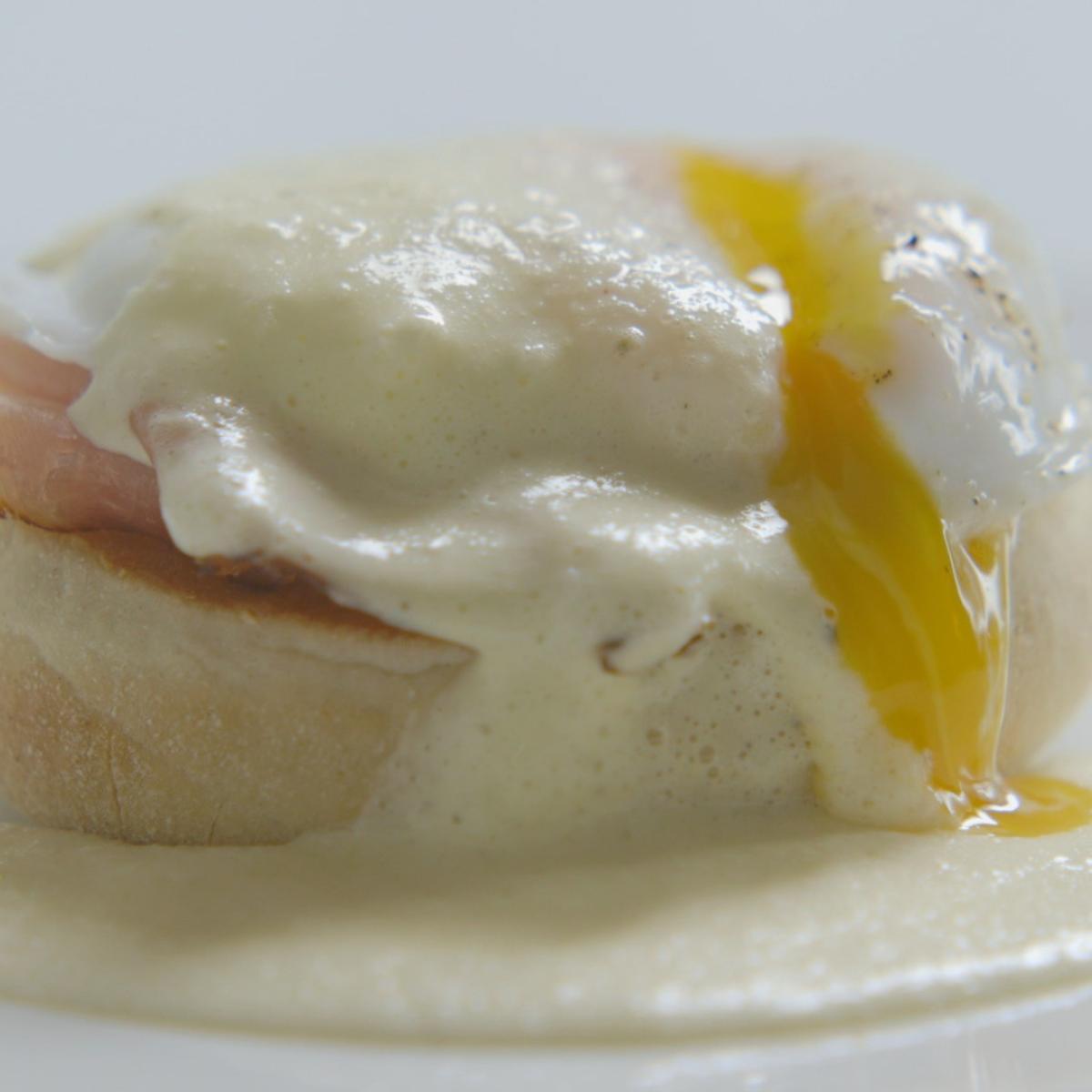 A picture of Delia's Eggs Benedict recipe