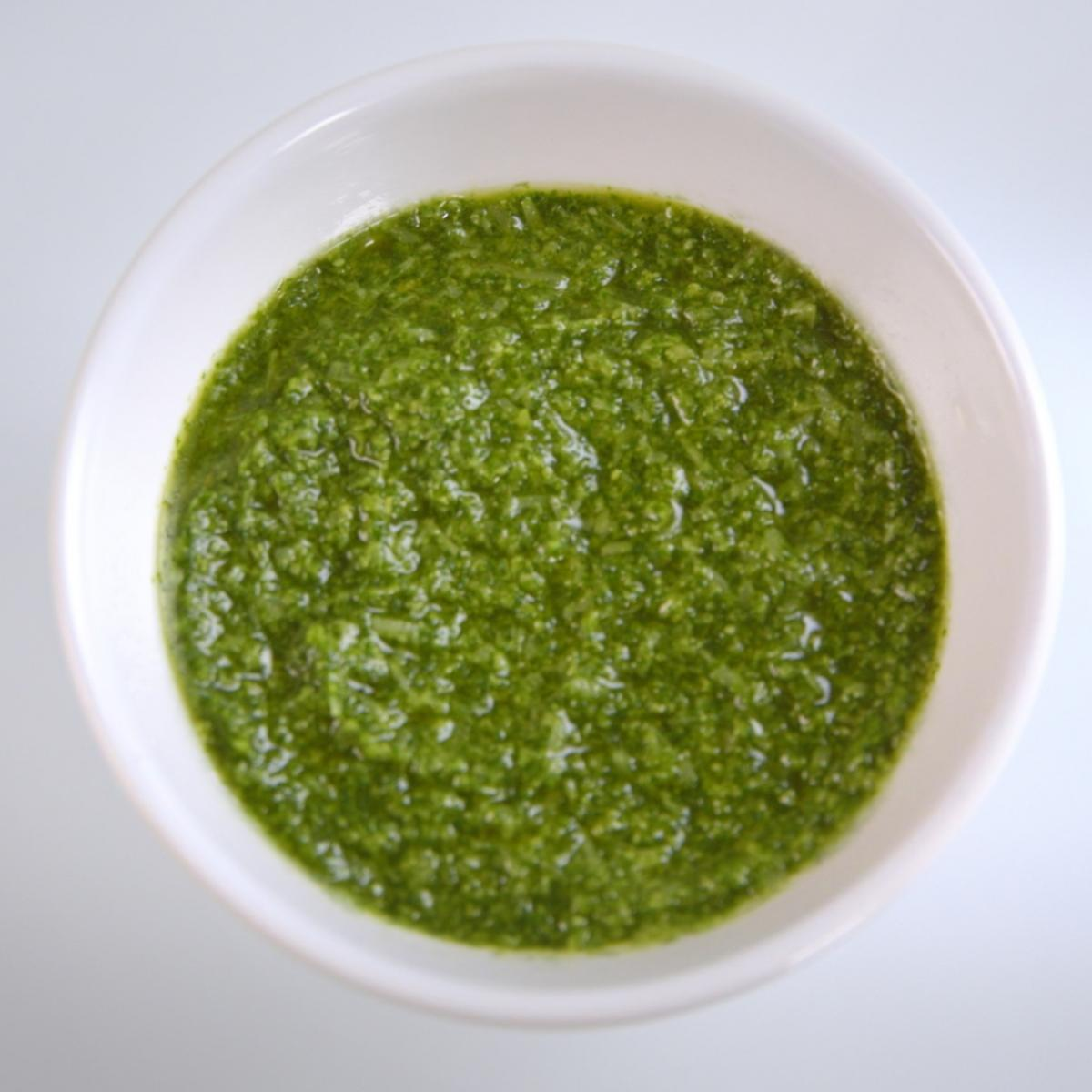 A picture of Delia's Home-made Pesto Sauce recipe