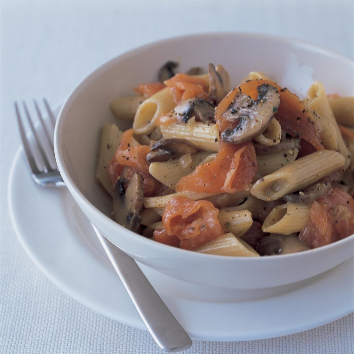 Fish highland pasta with smoked salmon