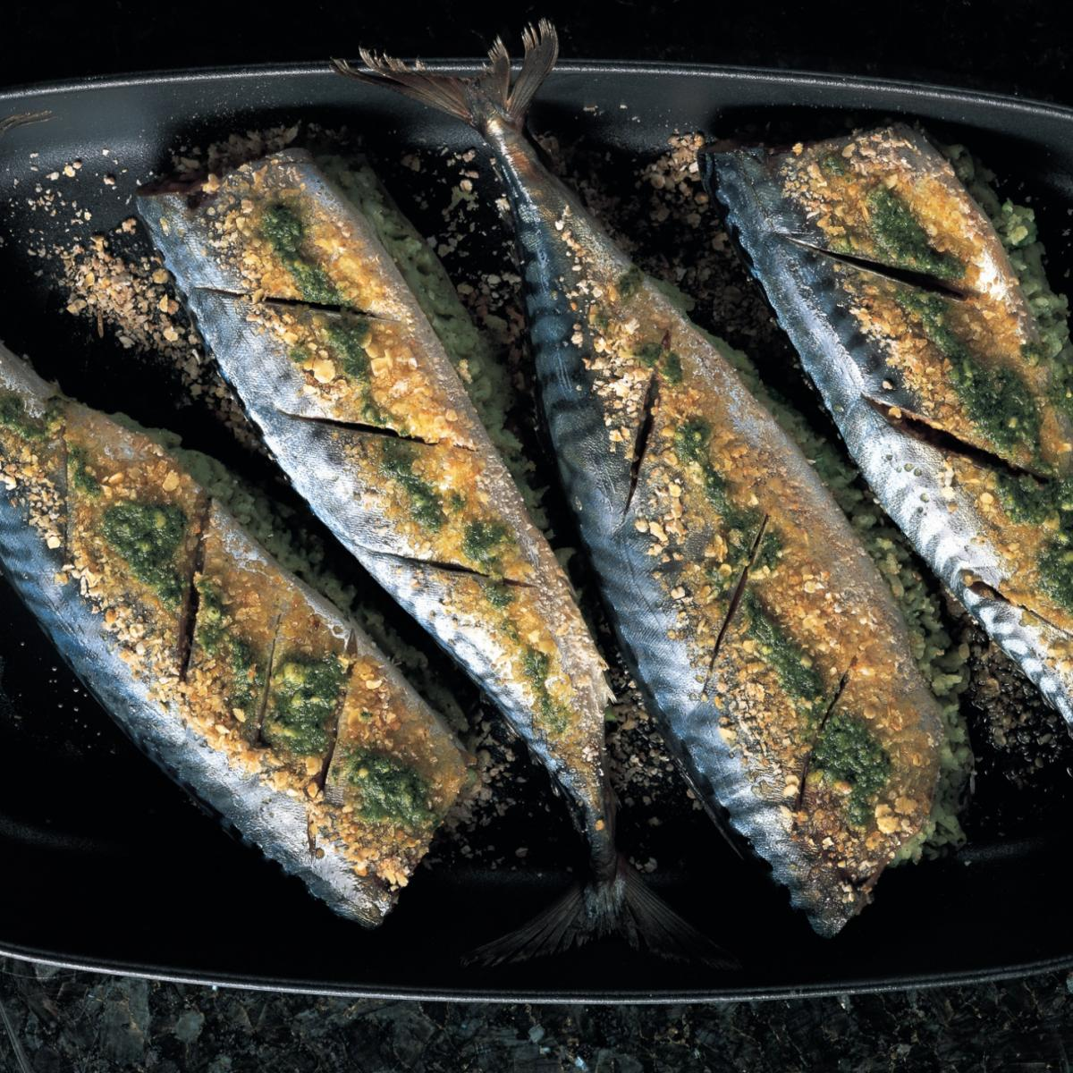Fish oven baked mackerel stuffed with pesto mash