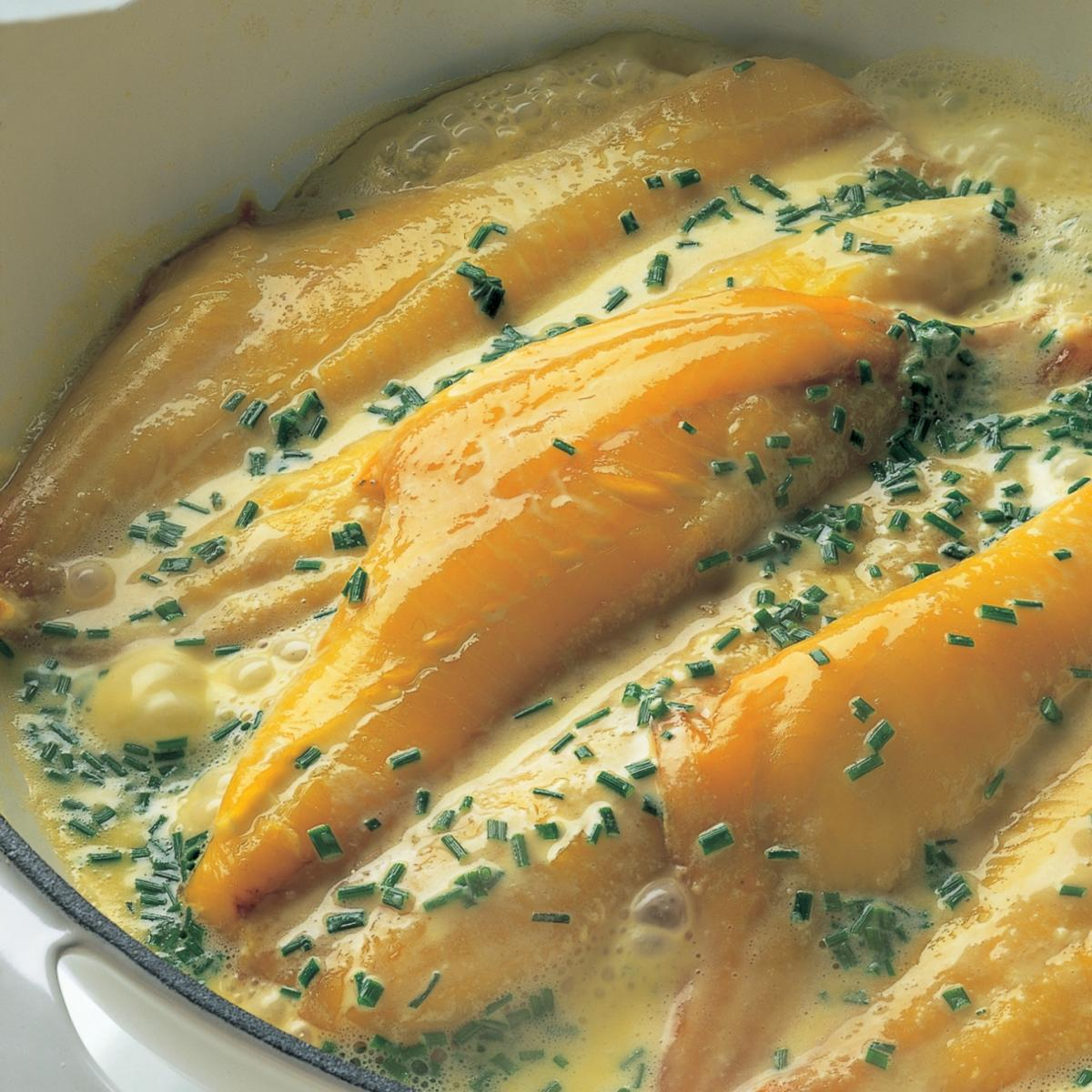 Fish smoked haddock with creme fraiche chive and butter sauce