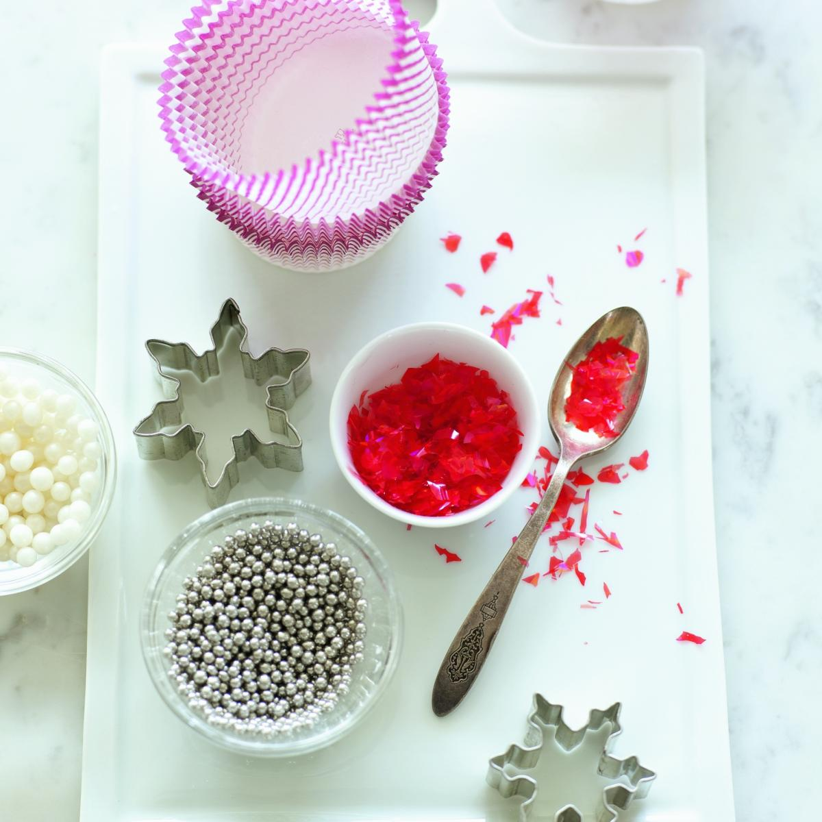 Christmas Cake Decoration Delia Smith : Christmas: Cakes, Icings and Toppings Recipes Delia Online