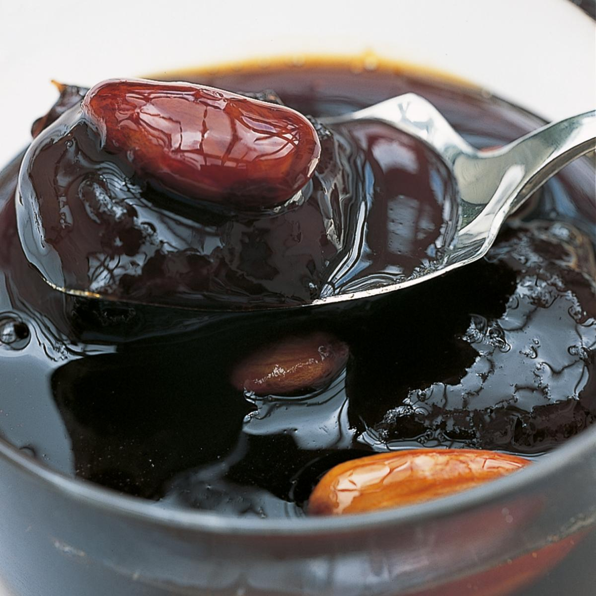 A picture of Delia's Dark Apricot and Almond Conserve recipe