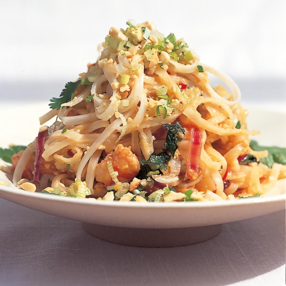 Htc pad thai noodles with shrimps