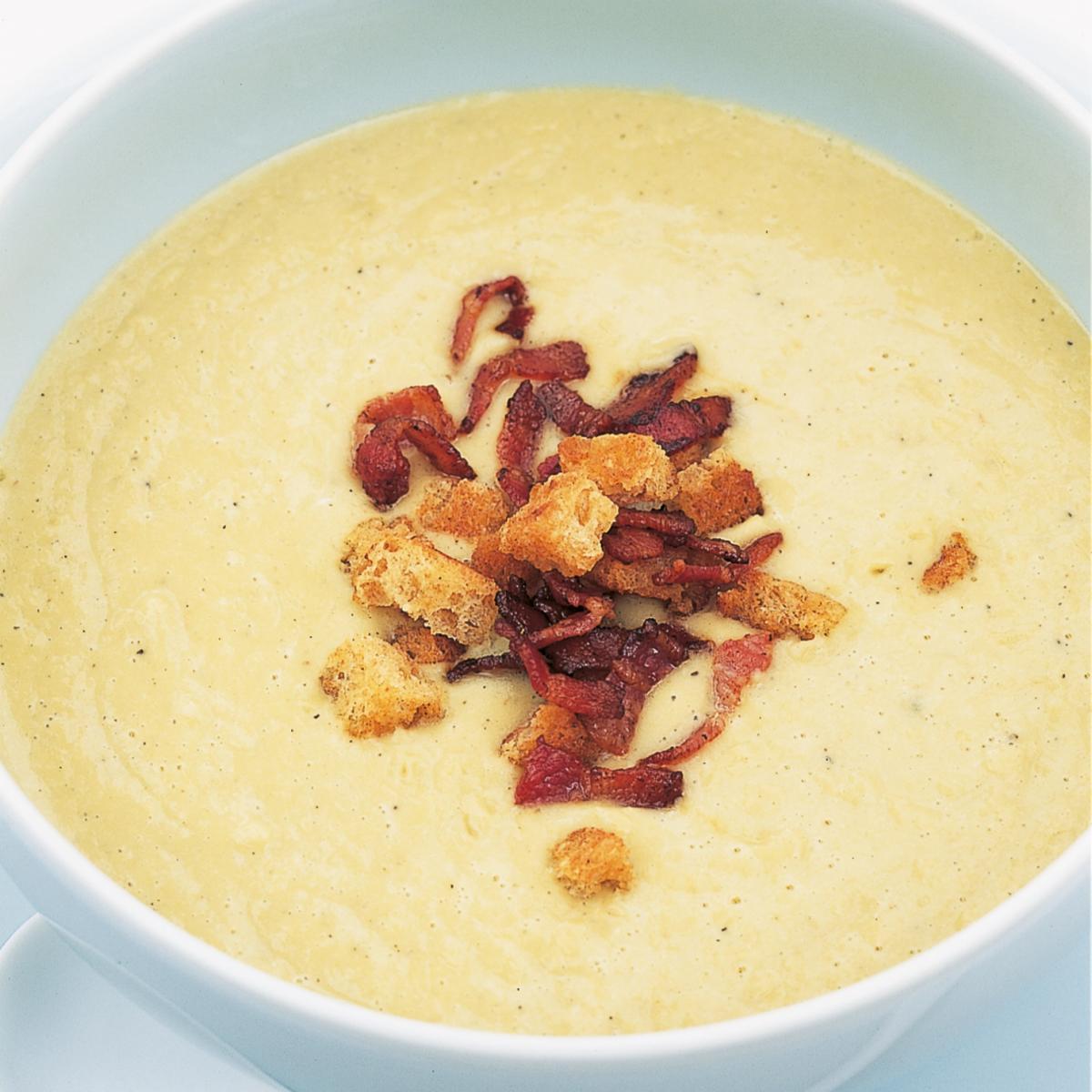 A picture of Delia's The London Particular - Green Split Pea Soup recipe