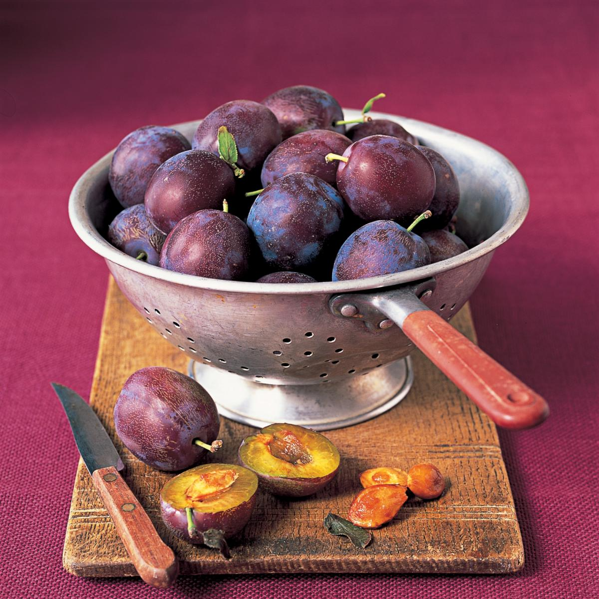 Ingredient puddings plums