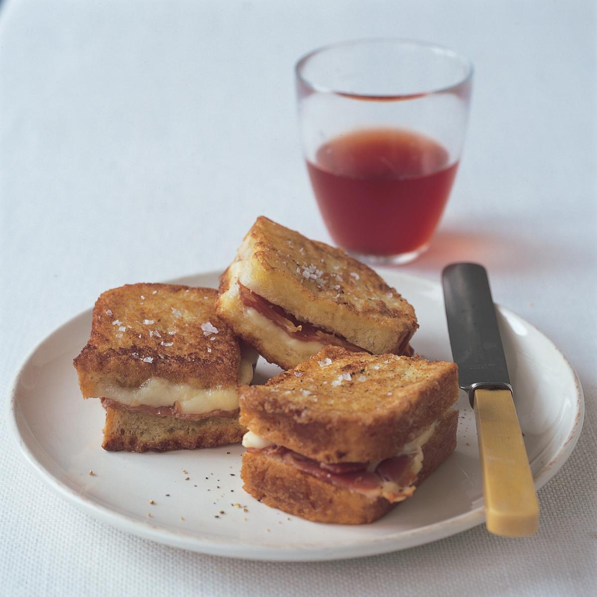 A picture of Delia's Mozzarella in Carrozza recipe