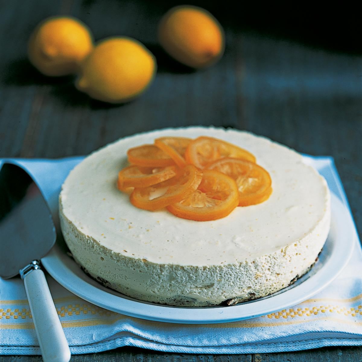 Puddings lemon ricotta cheesecake with a confit of lemons