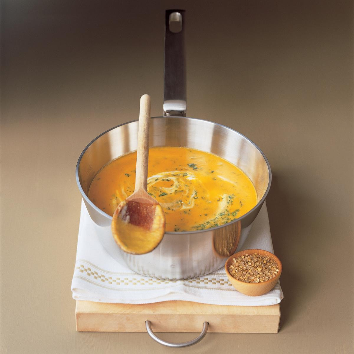 A picture of Delia's Carrot and Coriander Soup recipe
